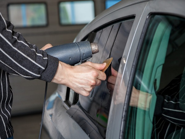 Types of Mobile Window Tinting Adhesives Worth Knowing
