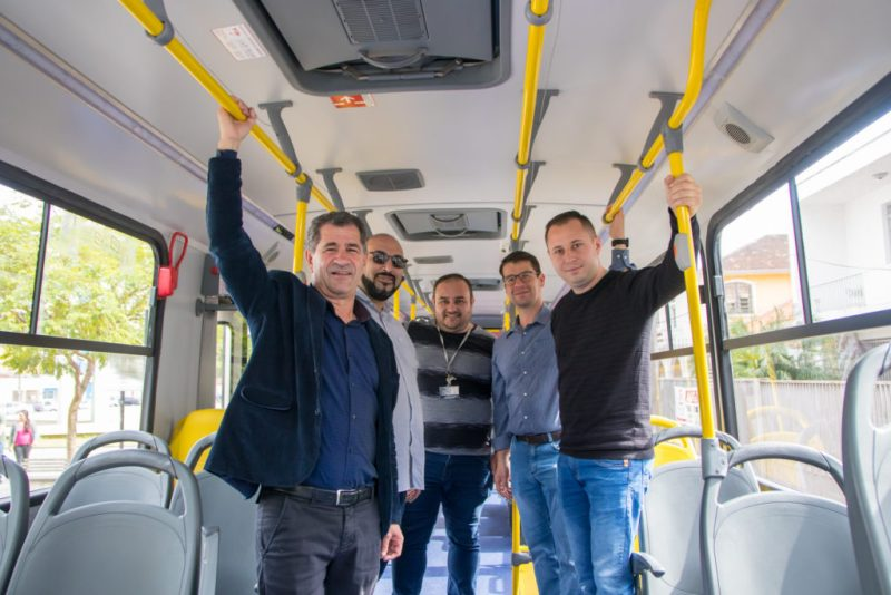 Novos ônibus entrega