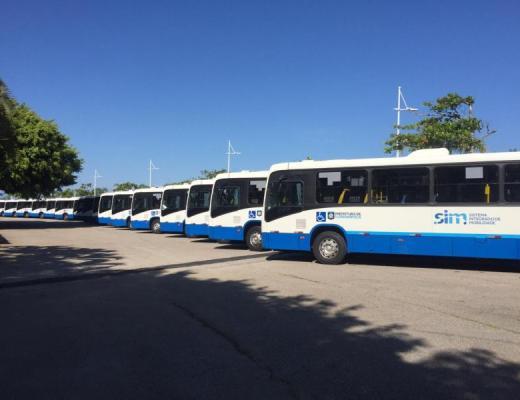 Novos ônibus da frota