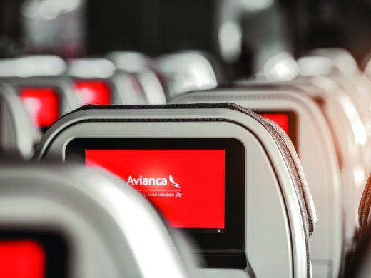 avianca dentro do avião voos cancelados