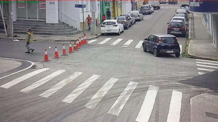 Trânsito Avenida Hercílio Luz
