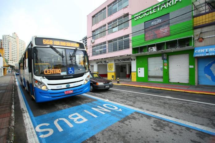 Ônibus Faixa
