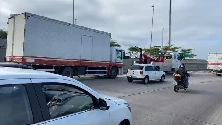 Caminhão Saída Ponte