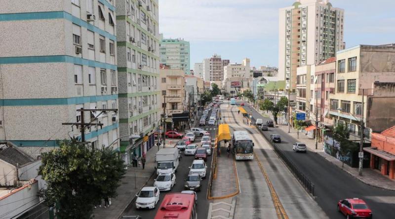 Avenida Protásio Alves em Porto Alegre