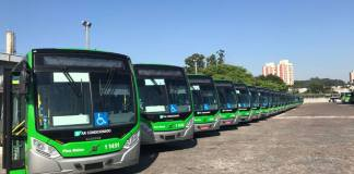 Greve dos Caminhoneiros Viação Santa Brígida Frota de ônibus