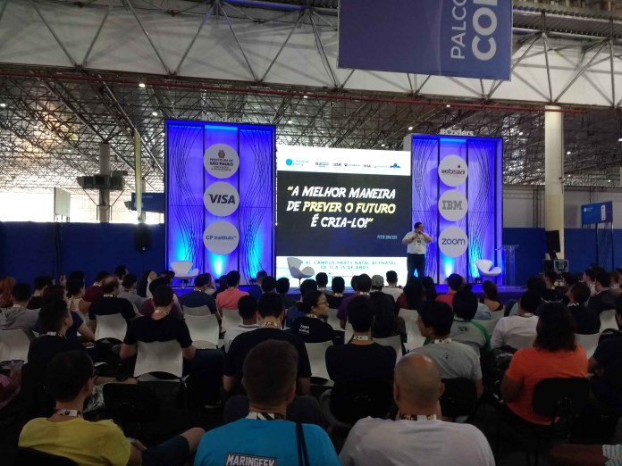 palco coders campus party