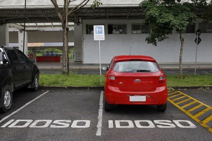 Cartão de Estacionamento do Idoso