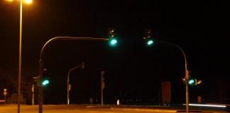 Sinal verde no congestionamento