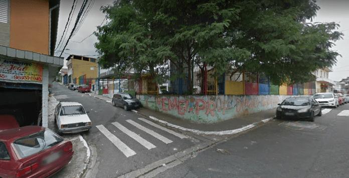 Rua Jan Land com Rua Jorge Cotrim em Ermelino Matarazzo