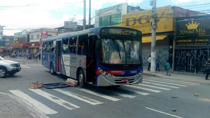 Pirajuçara Ônibus Embu das Artes