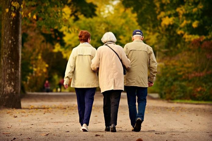 Ação social para idosos