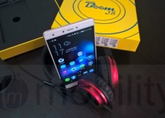 tecno boom j8 with boom headphones