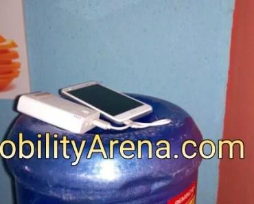 4g smartphone corner