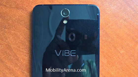 Lenovo Vibe S1 with a glass back mirror mirror-min