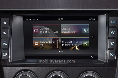 2017 Jaguar F-type touchscreen