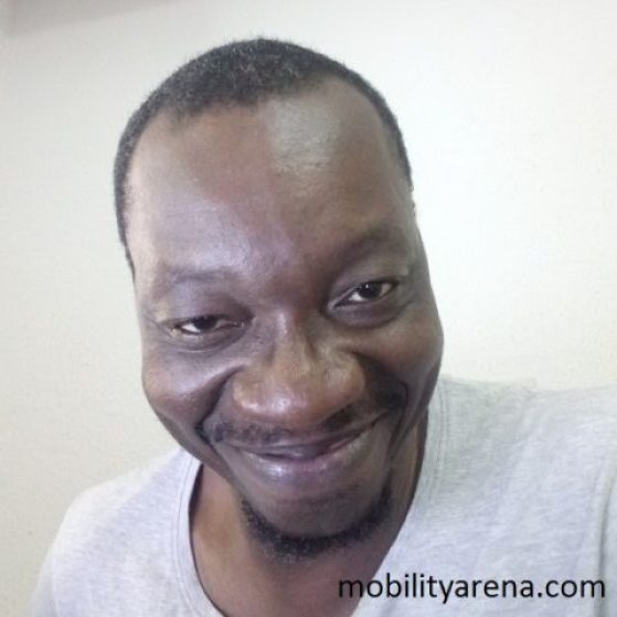 Oukitel K6000 Plus selfie indoor