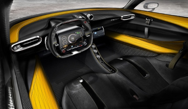 Hennessey Venom F5 driver's seat