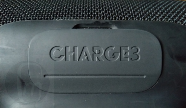 jbl charge3 wireless speaker back flap