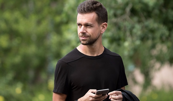 twitter ceo jack dorsey runs his internet businesses without a PC, laptop or tablet