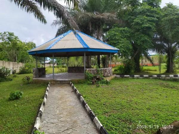 Holis Botanical Garden a pagoda - Shot on Redmi Note 7