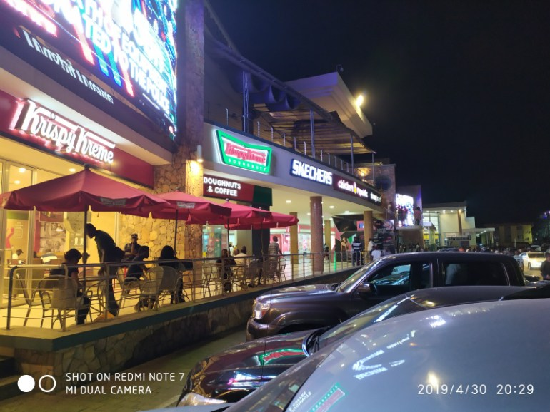 Outdoor Night photo with lights on taken with Redmi Note 7