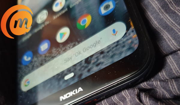 Nokia 3.2 hands-on review - chin