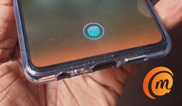Huawei P30 review - in-display fingerprint reader