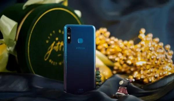 Infinix \ho8 entertainment smartphone