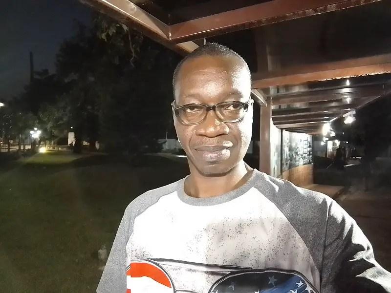 itel-S15-Pro-selfie-camera-Night-selfie-electric-lighting