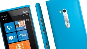 Lumia 900 is Nokia's first 4G phone