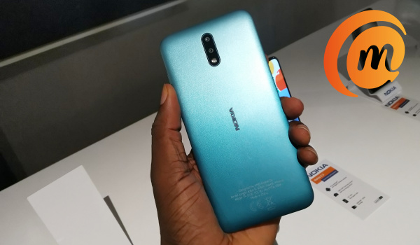 Nokia 2.3 hands-on review green back