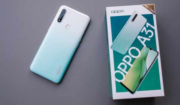 Oppo a31 with box