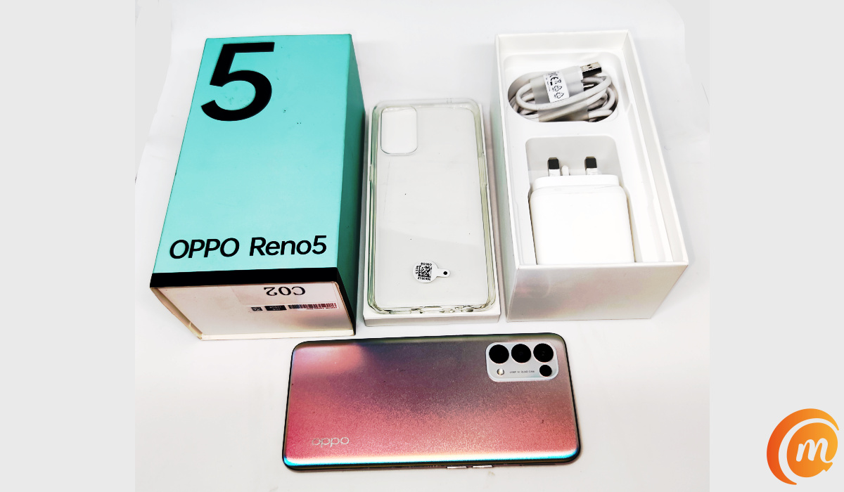 oppo Reno5 unboxing - box contents