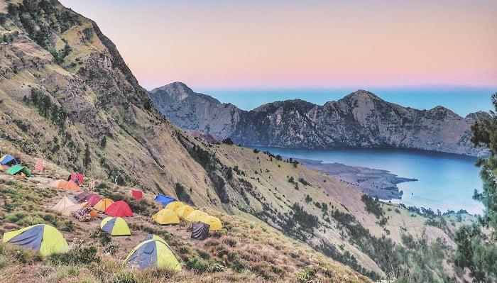 Gunung rinjani di lombok, rombongan bisa memakai toyota hiace