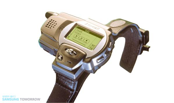 Wiesz, że Samsung zrobił zegarkofon już w 1999 roku?