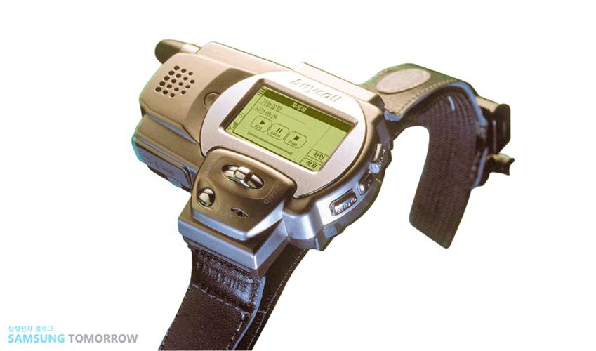 Samsung SPH-WP10 smartwatch