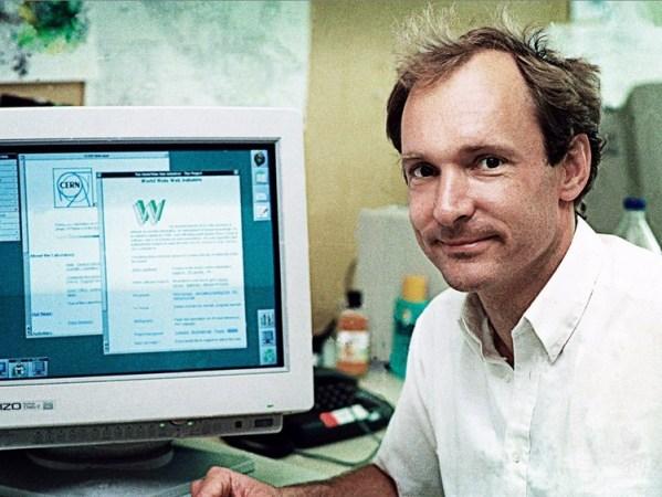 Pierwsza strona WWW powstała 25 lat temu