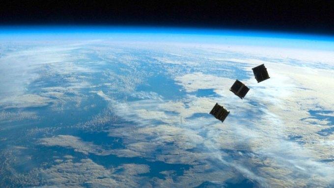 Internet satelitarny, cubesat, nanosat