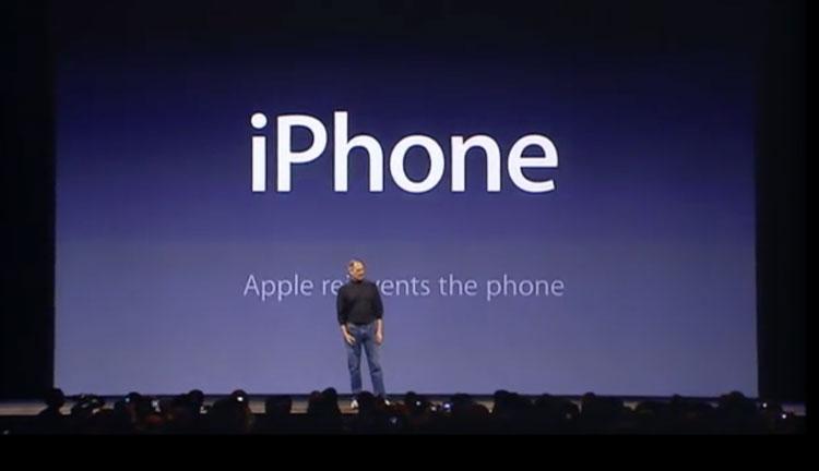 iPhone - Apple reinvents the phone (Steve Jobs, Keynote z 9 stycznia 2007)
