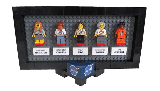 Figurki kobiet z NASA (LEGO)
