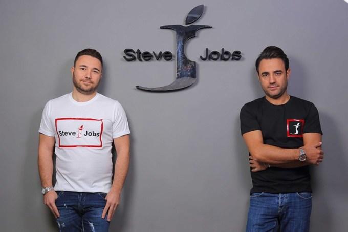 """a107ac764f31f Włoska marka odzieżowa """"Steve Jobs"""" działa legalnie  - mobiRANK.pl"""