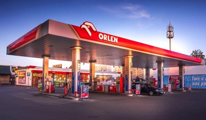 Stacja Orlen na ul. Lazurowej w Warszawie