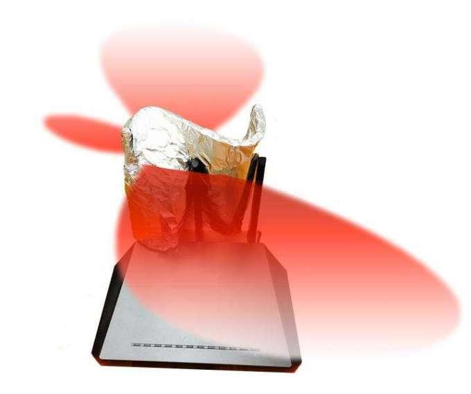 Wzmocnienie siły sygnału Wi-Fi za pomocą reflektora z folii aluminiowej