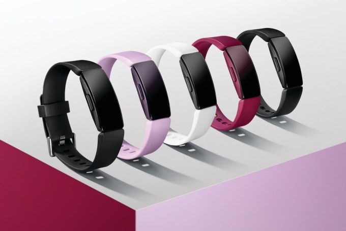 Fitbit Inspire fot. Kevin Cremens