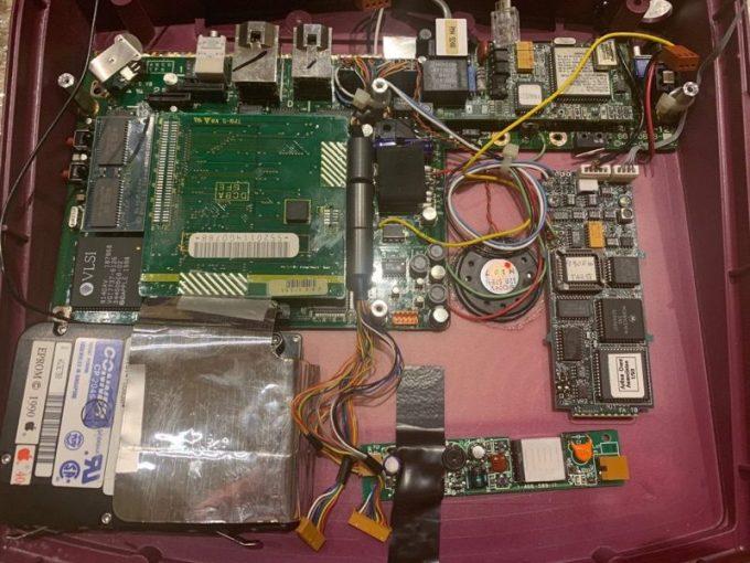 Apple W.A.L.T. - budowa wewnętrzna sprzętu