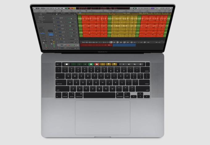 MacBook Pro 16 cali (2019) - widok z góry