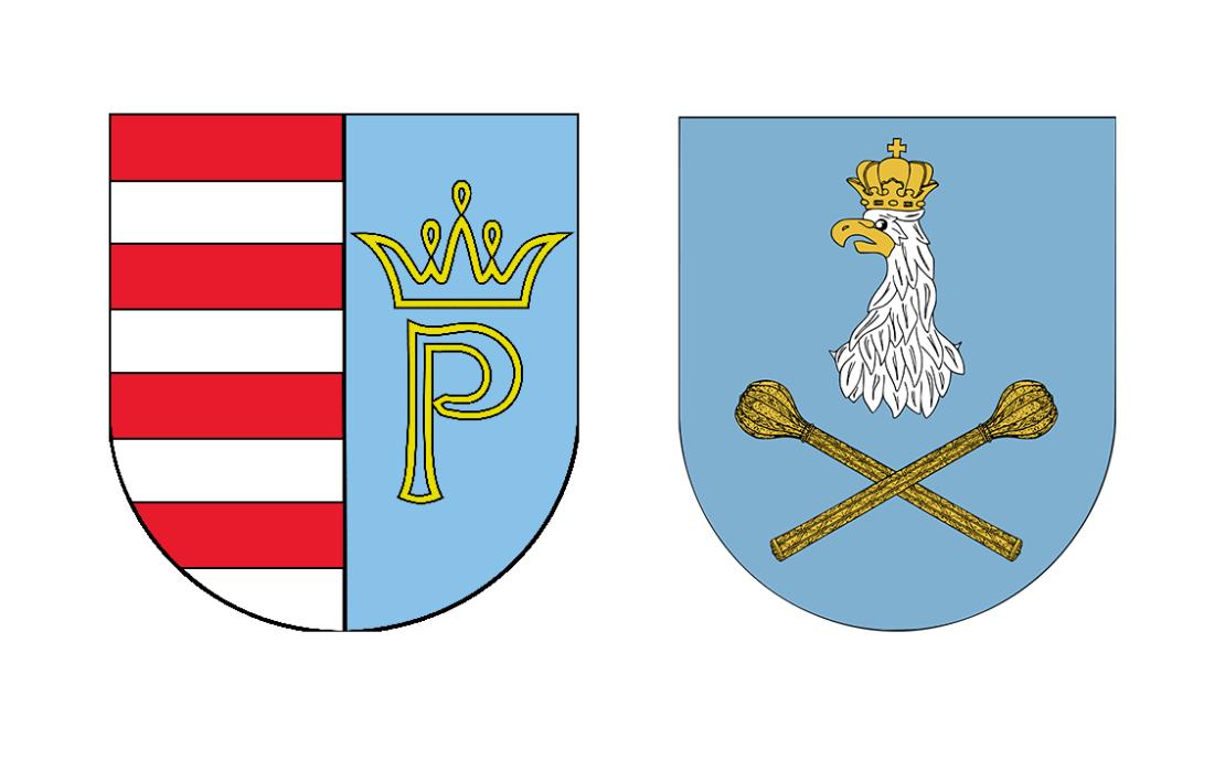 Herby (od lewej): Powiat Przysuski, Miasto Sulejówek