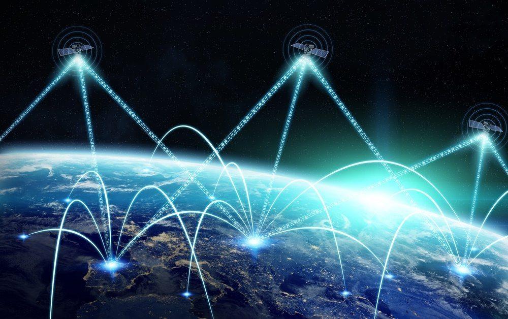 Internet satelitarny (sieć satelitów)