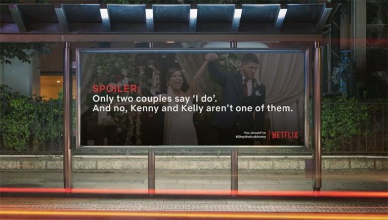 Przykład billboardu ze spoilerem do serialu Netfliksa