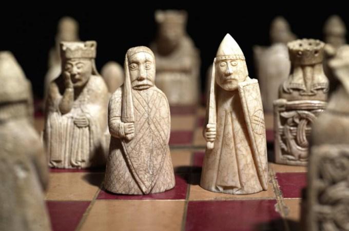 Szachy z Lewis (Lewis Chessmen) fot. The British Museum